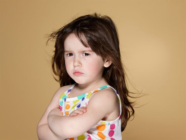 Cách dạy con khi bé mắc lỗi cư xử