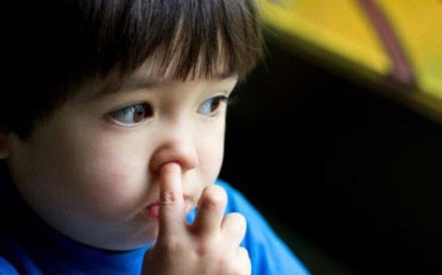 Nguy cơ viêm phổi do thói quen xấu