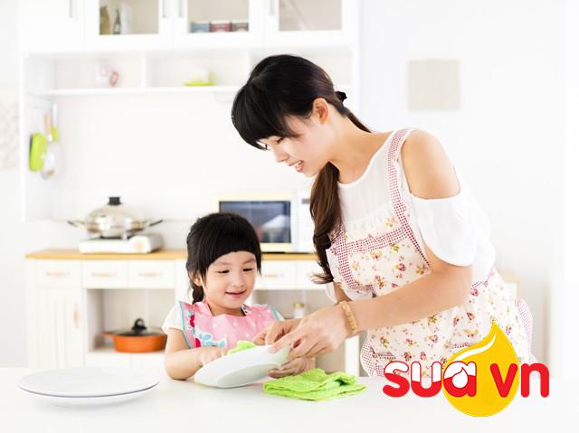 Nếu bạn muốn nuôi dạy những đứa trẻ chăm chỉ làm việc nhà, sống tự lập, hãy thử